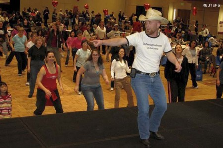To match Reuters Life! FITNESS-LINEDANCING/